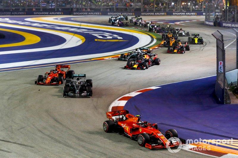 Arrancada, Charles Leclerc, Ferrari SF90 líder