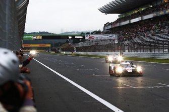 Race winner #8 Toyota Gazoo Racing Toyota TS050 - Hybrid: Sébastien Buemi, Kazuki Nakajima, Brendon Hartley