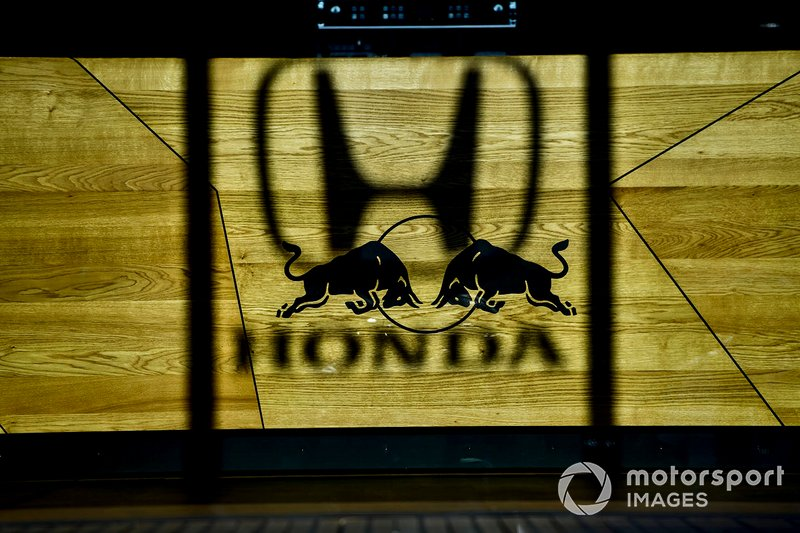 Honda and Red Bull logo