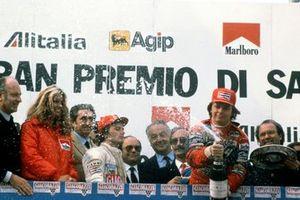 Победитель Дидье Пирони, Ferrari