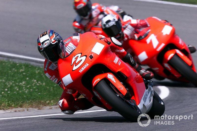 2001: Max Biaggi, Yamaha YZR500