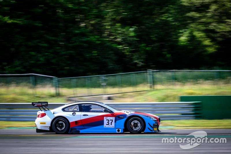 #37 3Y Technology BMW M6 GT3: Philippe Bourgois, Romain Brandela, Jean-Paul Buffin, Philippe Haezebrouck