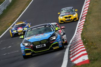 #666 BMW M240i Racing Cup: Nico Otto, Lars Peucker, Florian Naumann