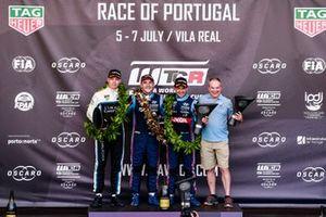 Podyum: Yarış galibi Norbert Michelisz, BRC Hyundai N Squadra Corse Hyundai i30 N TCR, 2. Yann Ehrlacher, Cyan Performance Lynk & Co 03 TCR, 3. Augusto Farfus, BRC Hyundai N LUKOIL Racing Team Hyundai i30 N TCR