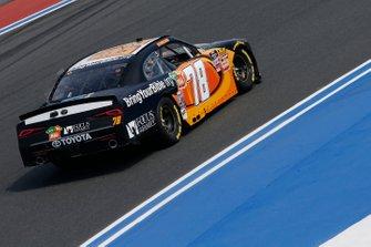 J.J. Yeley, B.J. McLeod Motorsports, Chevrolet Camaro BringYourBible.org