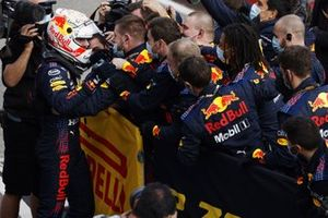 Max Verstappen, Red Bull Racing, in Parc Ferme