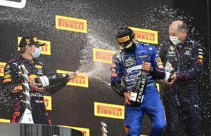 Max Verstappen, Red Bull Racing Lando Norris, McLaren