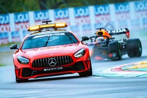 Max Verstappen, Red Bull RB16B, behind Mercedes-AMG GT safety car