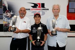Takuma Sato, Rahal Letterman Lanigan Racing Honda, mit Bobby Rahal und Mike Lanigan