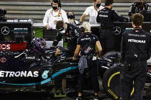 Lewis Hamilton, Mercedes F1 W11, arrives on the grid