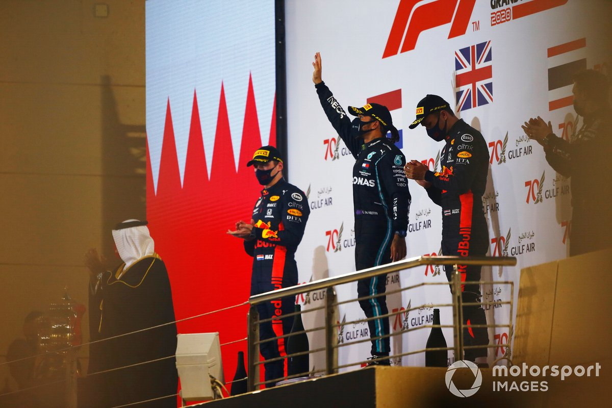 Bahreïn - Podium : Lewis Hamilton, Max Verstappen, Alex Albon
