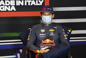 Max Verstappen, Red Bull Racing, en la conferencia
