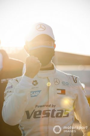 Nyck de Vries, Mercedes Benz EQ, celebrates pole