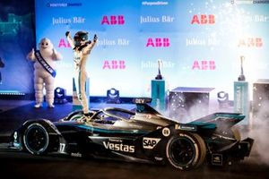 Nyck de Vries, Mercedes Benz EQ, 1st position, celebrates in Parc Ferme