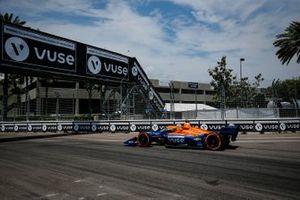 Felix Rosenqvist, Arrow McLaren SP Chevrolet, vuse sign, vuse bridge