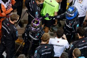 Lewis Hamilton, Mercedes-AMG F1, 3rd position, and Valtteri Bottas, Mercedes-AMG F1, 2nd position, in Parc Ferme