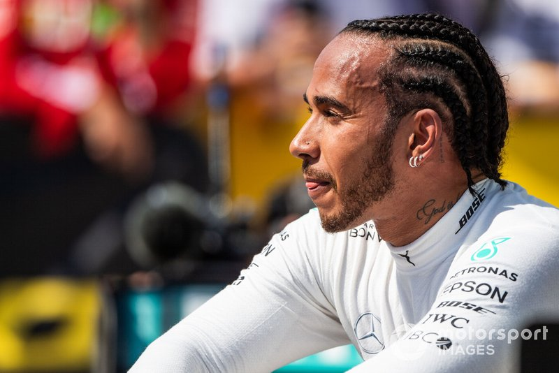 Ganador Lewis Hamilton, Mercedes AMG F1, celebra en Parc Ferme