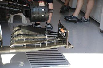 Detalle del alerón delantero Alfa Romeo Racing C38