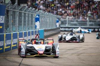 Lucas Di Grassi, Audi Sport ABT Schaeffler, Audi e-tron FE05, Sébastien Buemi, Nissan e.Dams, Nissan IMO1