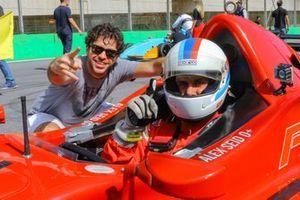 Alex Seid e André Nobre dividem o cockpit do MG15 vermelho de numeral 7 em 2019 - imagem Rodrigo Ruiz