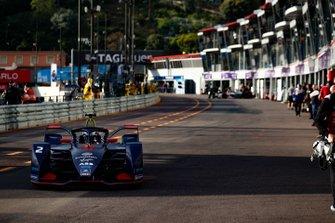 Sam Bird, Envision Virgin Racing, Audi e-tron FE05 dans la voie des stands