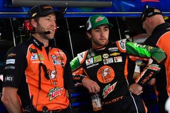Chase Elliott, Hendrick Motorsports, Chevrolet Camaro Mountain Dew / Little Caesar's and Alan Gustafson