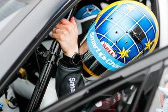 Darryl O'Young, Jaguar VIP car