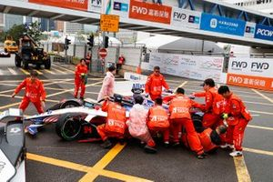Car of Pascal Wehrlein, Mahindra Racing, M5 Electro rolled over a marshal whilst trying to remove it