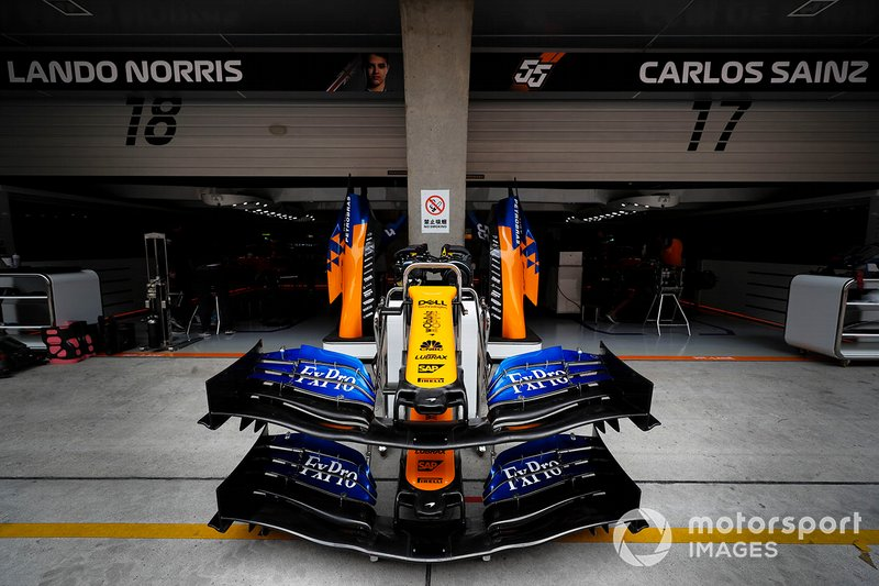 McLaren MCL34 front wings outside McLaren garage