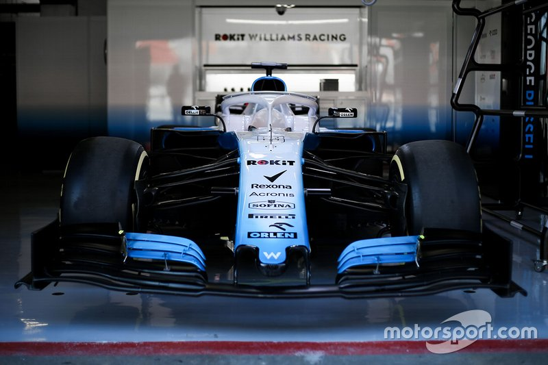 Williams FW42 nel box