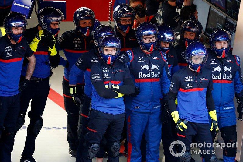 Mecánicos de Scuderia Toro Rosso