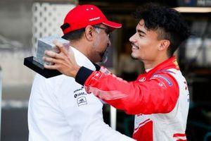Pascal Wehrlein, Mahindra Racing con Dilbagh Gill, CEO Mahindra Racing