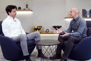 Toto Wolff ve Stuart Codling ile Mercedes-AMG Petronas Motorsport HQ