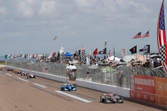 Will Power, Team Penske Chevrolet, Felix Rosenqvist, Chip Ganassi Racing Honda