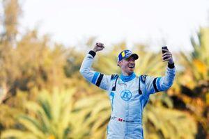 Le troisième, Edoardo Mortara Venturi Formula E, Venturi VFE05, sur le podium