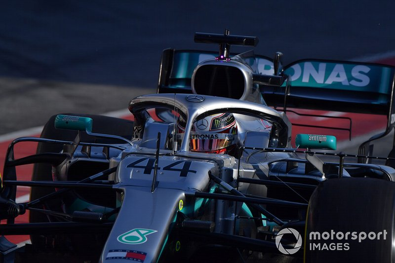 Lewis Hamilton, da Mercedes, foi o 10º