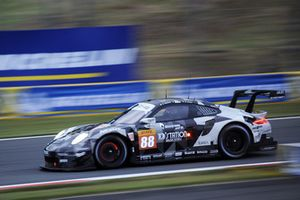 #88 Dempsey Proton Competition Porsche 911 RSR: Matteo Cairoli, Gianluca Roda, Satoshi Hoshino