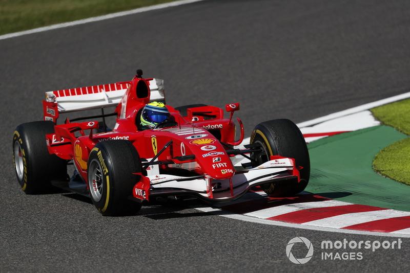 Felipe Massa, Ferrari, podczas pokazów Legendy F1 z okazji 30. edycji wyścigu