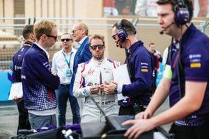 Sam Bird, Envision Virgin Racing chats with Sylvain Filippi, Managing Director, Envision Virgin Racing