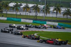 F3 Asia Race action