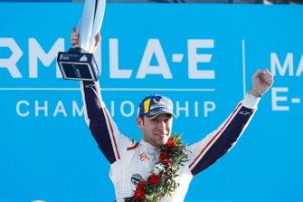 Robin Frijns, Envision Virgin Racing, 2e plaats, op het podium