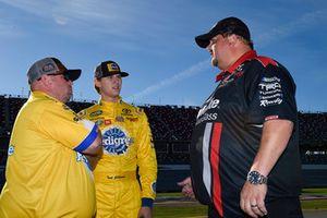 Todd Gilliland, Kyle Busch Motorsports, Toyota Tundra Pedigree Puppy, Marcus Richmond II