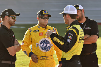 Grant Enfinger, ThorSport Racing, Ford F-150 Champion Power Equipment/Curb Records and David Gilliland, Kyle Busch Motorsports, Toyota Tundra Pedigree