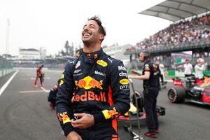 Zdobywca pole position Daniel Ricciardo, Red Bull Racing