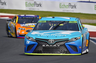 Martin Truex Jr., Furniture Row Racing, Toyota Camry Auto-Owners Insurance and Ricky Stenhouse Jr., Roush Fenway Racing, Ford Fusion SunnyD
