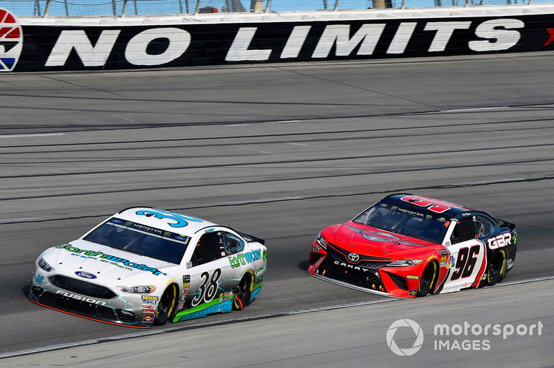 David Ragan, Front Row Motorsports, Ford Fusion Earthwater and Parker Kligerman, Gaunt Brothers Racing, Toyota Camry Gaunt Brothers Racing