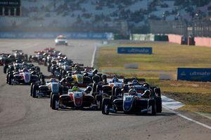 Старт гонки, Роберт Шварцман, PREMA Theodore Racing Dallara F317 - Mercedes-Benz leads