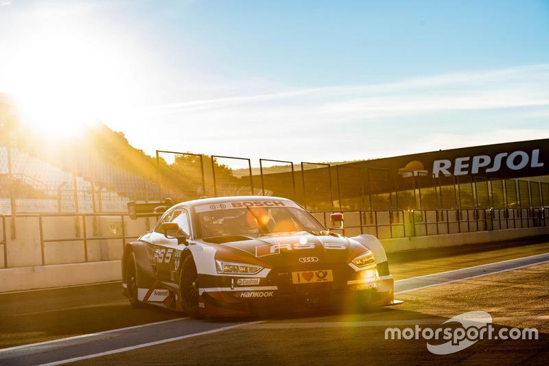 Автомобиль Audi RS5 DTM