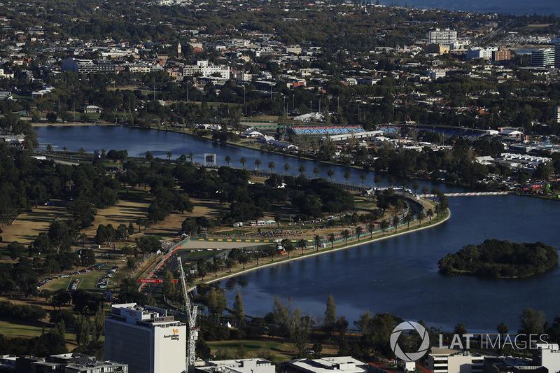 Una vista aérea del circuito y el área circundante