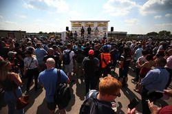 Sam Tordoff, Motorbase Performance Ford Focus, Matt Neal, Team Dynamics Honda Civic Type R, Josh Cook, Power Maxed Racing Vauxhall Astra and Colin Turkington, West Surrey Racing BMW 125i M Sport